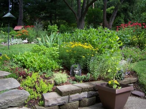 Garden tour01